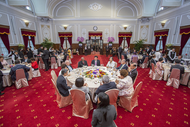 President Tsai Ing-wen hosts a state banquet for Solomon Islands Prime Minister Rick Nelson Houenipwela.
