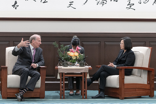 President Tsai meets with Dr. Richard Haass, president of the US-based Council on Foreign Relations.
