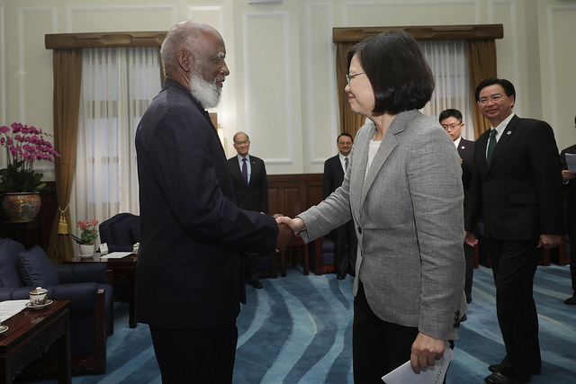 President Tsai meets with Belize Minister of Foreign Affairs Wilfred Elrington.