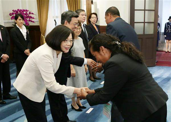 President Tsai Ing-wen and Vice President Chen Chien-jen receive congratulations from heads of state, special envoys, and political leaders from ROC's allies and friendly nations.
