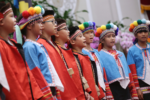 Students from Taiwan's Sinvi Primary School in Alishan Township, Chiayi County perform old songs from the Tsou indigenous people.