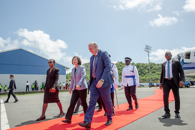 President Tsai arrives in St. Lucia.