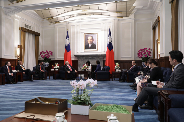 President Tsai meets with a delegation led by The Heritage Foundation founder Dr. Edwin Feulner.
