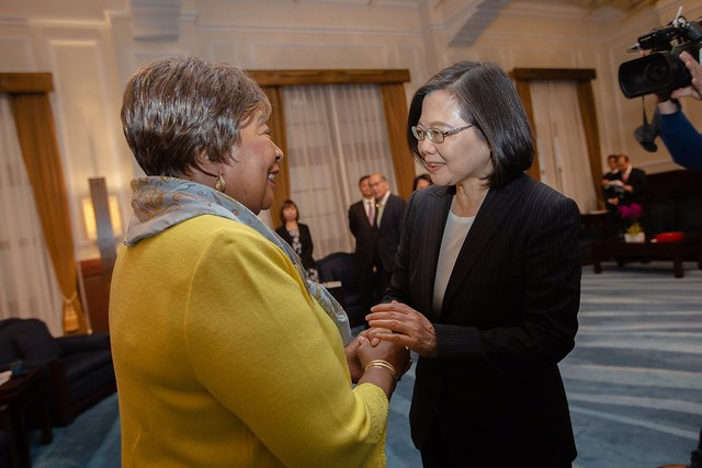 President Tsai meets with Eddie Bernice Johnson, Chairwoman of the US House of Representatives Committee on Science, Space and Technology.