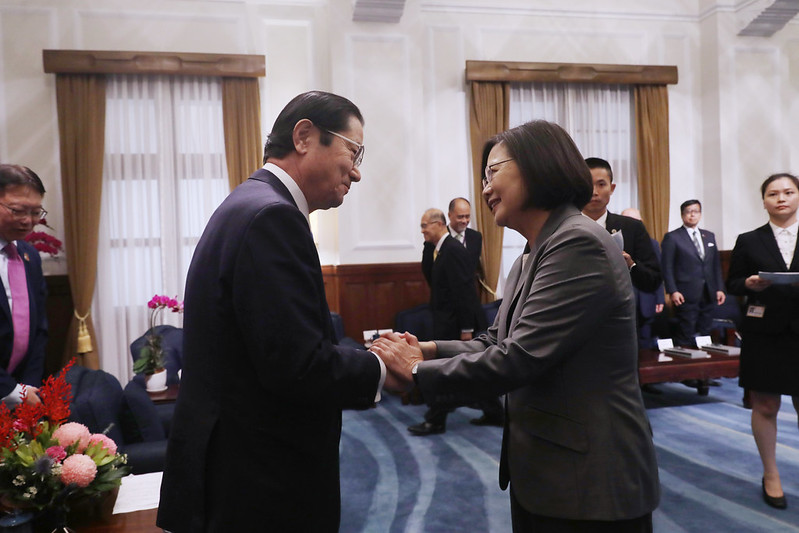 President Tsai meets with Seishiro Eto, Member of Japanese House of the Representatives and Chairman of the Japan-Taiwan Friendship Association.