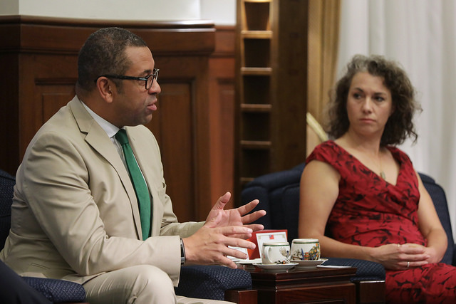 United Kingdom's House of Commons Member James Cleverly exchanges views with President Tsai.