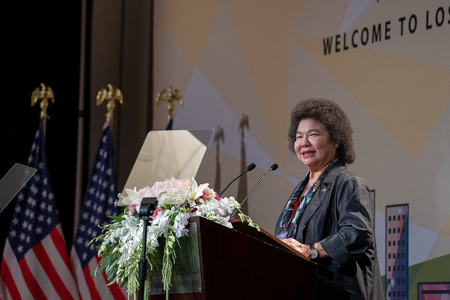 Secretary-General to the President Chen Chu delivers remarks at a dinner banquet with Taiwanese expatriates in Los Angeles.