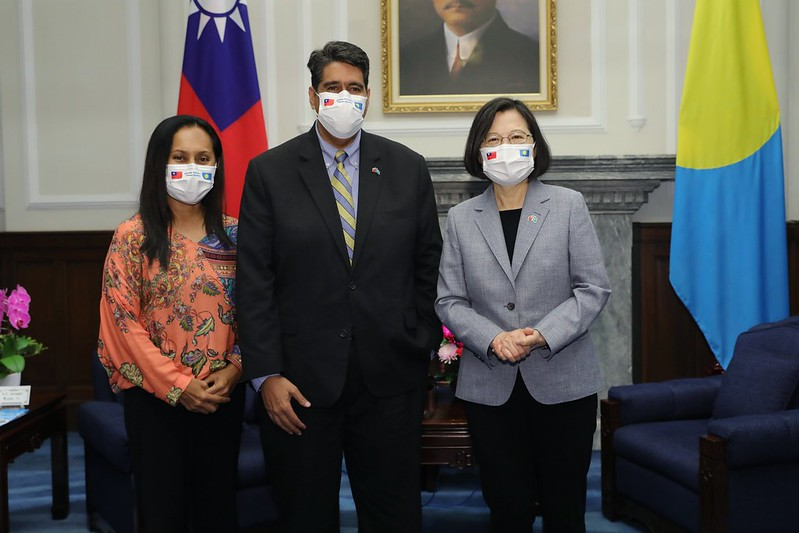President Tsai meets with Palau President Surangel Whipps Jr. and his wife.
