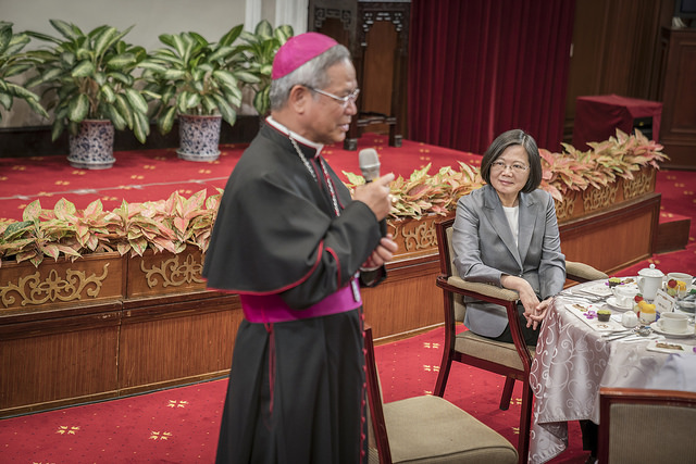 President Tsai meets with senior foreign Catholic clergy in Taiwan.