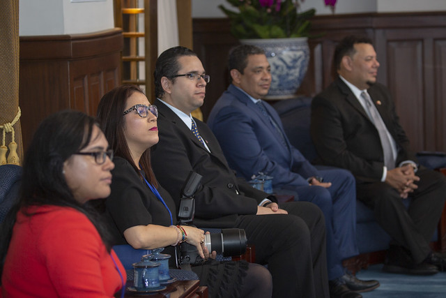 President Tsai meets with a delegation led by Honduran Vice President Olga Alvarado and her husband.