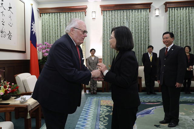 President Tsai meets with a delegation led by Heritage Foundation Founder Dr. Edwin J. Feulner.