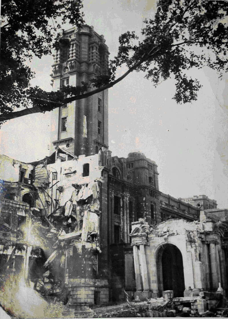 The Office of the Governor-General was damaged by U.S. aerial bombing during World War II. (photo by Wu Wen-hsi, reprinted from the Office of the President archive)